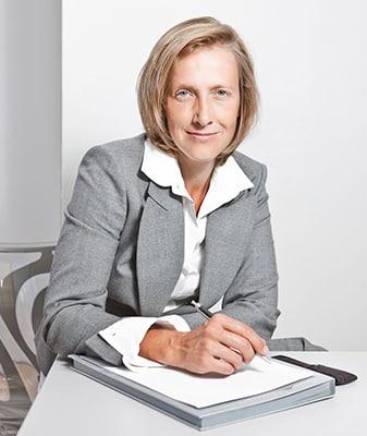 Portraitfoto Rechtsanwältin Susanne Schäfer